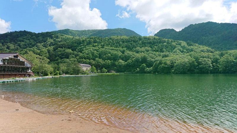 Yuno lake at Okunikko