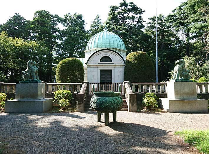 Ossuary for Iwasaki family